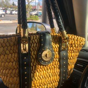 Like New Michael Kors Santorini straw tote bag.